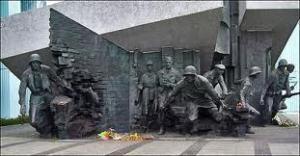 pomnik2